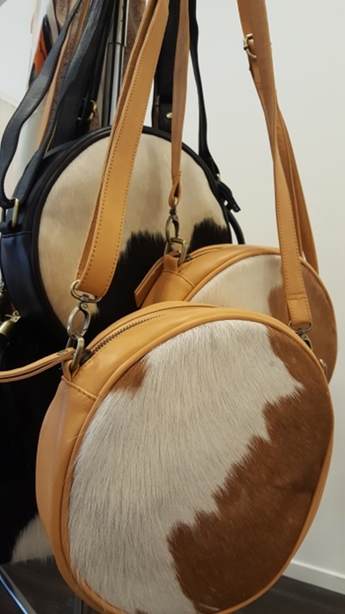 Picture of Cowhide Bag - Round